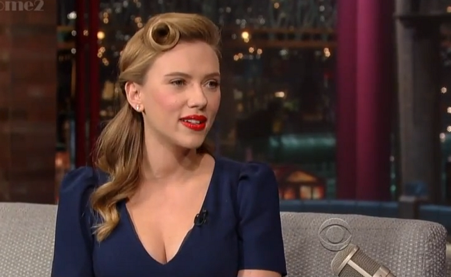 Scarlett Johansson lors du Late Show de David Letterman © capture Youtube
